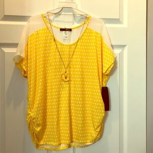 Blouse and necklace set